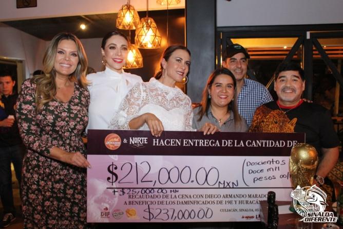 Maradona realiza donativo a damnificados por las lluvias en Sinaloa