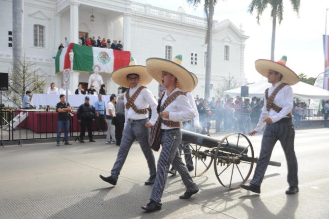 Atención   Cerrarán este miércoles circulación de la Av. Álvaro Obregón por desfile de la Revolución Mexicana