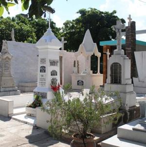 #DíaDeMuertos | Una costumbre alterada en Culiacán… pero fiel a sus raíces