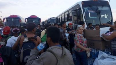 Efecto ESPEJO | Apoyo a caravana de migrantes en un México de éxodos permanentes