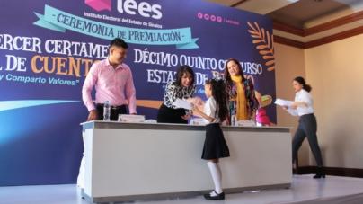 Premia IEES a ganadores del concurso de cuento y dibujo 2018