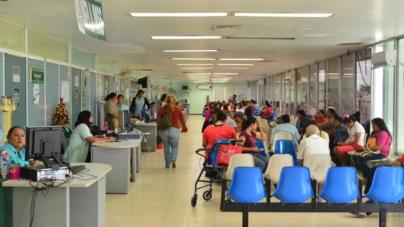 Efecto ESPEJO | Enferma más, en vez de aliviar, la salud pública en México