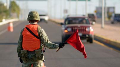 Militares y policías 'cercan' Culiacán