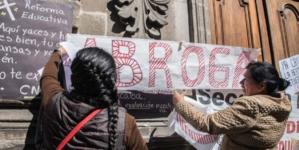 Efecto ESPEJO | Al maestro con cariño: adiós a la reforma educativa