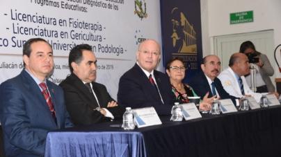 Busca UAS acreditar programas de fisioterapia, gericultura y podología