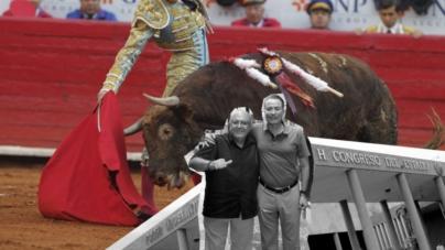 Congreso exhorta a Quirino Ordaz y al 'Químico' Benítez a cancelar corrida de toros