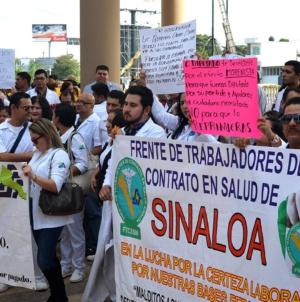 Manifestantes apoyan reasignaciones al presupuesto estatal