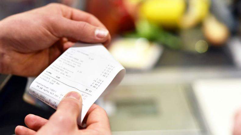 ¿Eres acumulador? | Guardar los tickets de tus compras podría estar dañando tu salud
