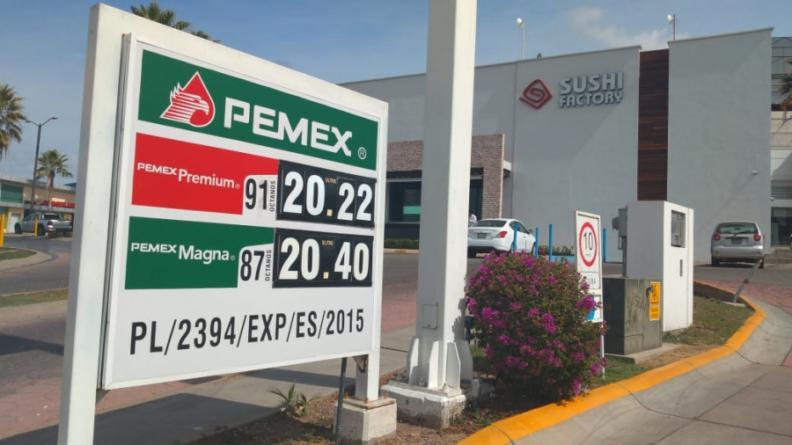 Efecto ESPEJO   ¿A quién culpar del aumento en el precio de gasolinas?