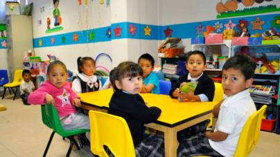 "Por ""irregularidades"" en estancias, familias recibirán apoyo directo de mil 600 pesos por niño"