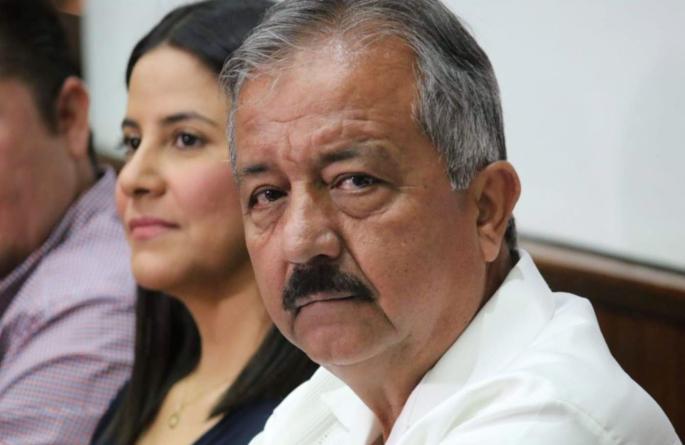 """Alcalde se disculpó pero """"se hizo la víctima"""", señala Asociación de Periodistas 7 de Junio"""