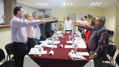 Toman protesta a nuevos Consejeros de la JAPAC
