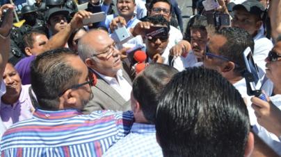 Efecto ESPEJO | Pone orden en Mazatlán la mano firme de El Químico