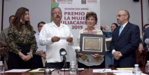 Ana Maida es la Mujer culiacanense 2019   Reconocen 30 años al rescate de animales callejeros