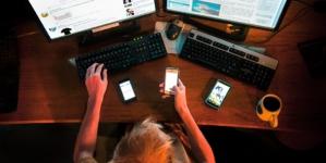 Efecto ESPEJO | Internet, el monstruo que nos seduce