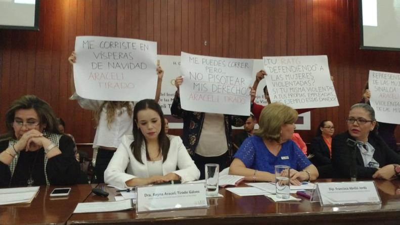 DENUNCIA | Sin resolver situación de ex trabajadoras de Ismujeres