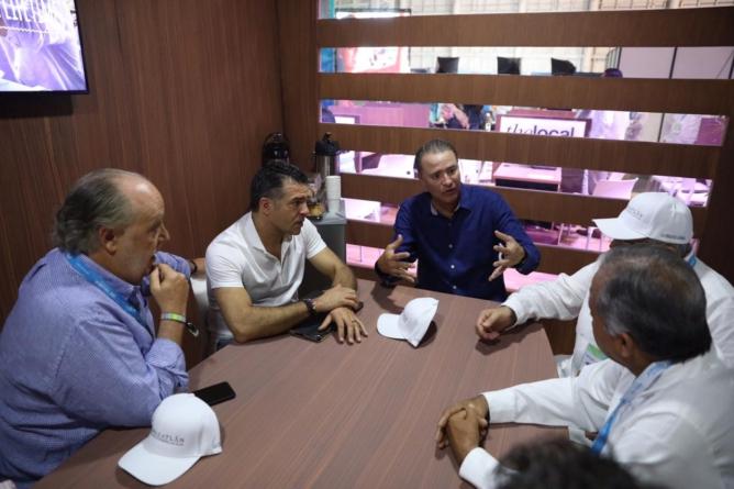 Tianguis Turístico | Concreta Quirino más Vuelos para Mazatlán