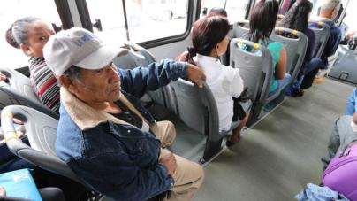 Avanza iniciativa de descuento a adultos mayores en transporte público de Sinaloa