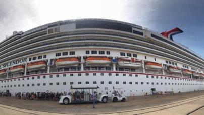 Los cruceros Royal Princess y Carnival Splendor llegan a Mazatlán con 9 mil 434 visitantes