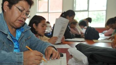 Entrega INEA Certificados de Estudios a Mexicanos en Estados Unidos