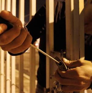 ¿Presumes tus vacaciones? | Ladrones saquean casas después de checar las redes sociales