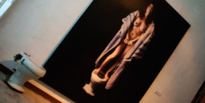 La Rebelión de los Íconos | Rosa María Robles muestra la violencia al desnudo en su nueva exposición