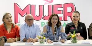 """Busca DIF a las sinaloenses """"echadas pa'delante"""""""