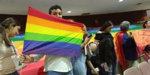 A duras penas pasa dictamen sobre matrimonio igualitario en el Congreso del Estado