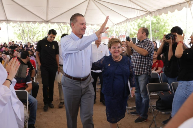 Inaugura Quirino tres nuevas instalaciones para la UAdeO