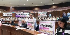 """""""Paridad de género también debe ampliarse al ámbito privado"""", demanda PRI en el Congreso"""