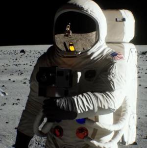 NASA confirma que enviará a una mujer a la luna en 2024