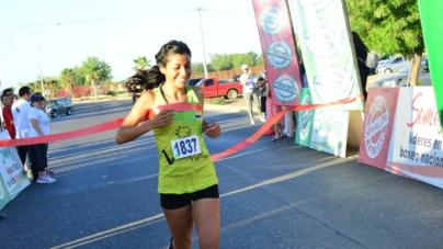 Con éxito se celebra la carrera con causa, corriendo por tu salud