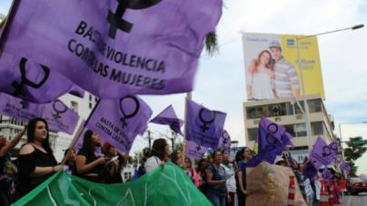 Si no aprobaron el matrimonio igualitario, tampoco sucederá con el aborto legal: Feministas