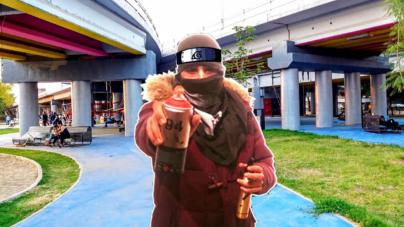 No duró un día… | Con símbolos de Naruto vandalizan el Parque Acuático 3 Ríos