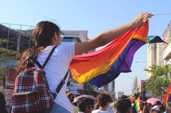 Efecto ESPEJO | Matrimonio igualitario: civilidad por encima de la inquisición