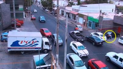 Videocámaras de vigilancia captan levantón de mujer en Culiacán