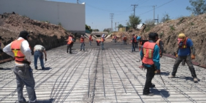 Avanza el revestimiento del arroyo López Mateos en Culiacán