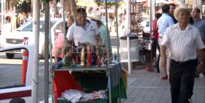 Estos sí y estos no | Ayuntamiento solo dará permiso a ambulantes con necesidades económicas