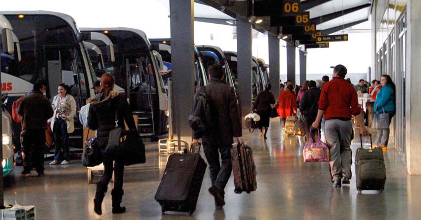 Por migración, autobuses pedirán identificación para compra de boletos en viajes largos