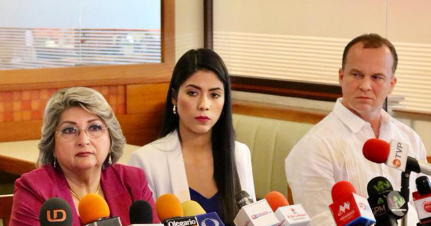 Renuncia Hecbel López Caballero a la dirección de DIF Culiacán