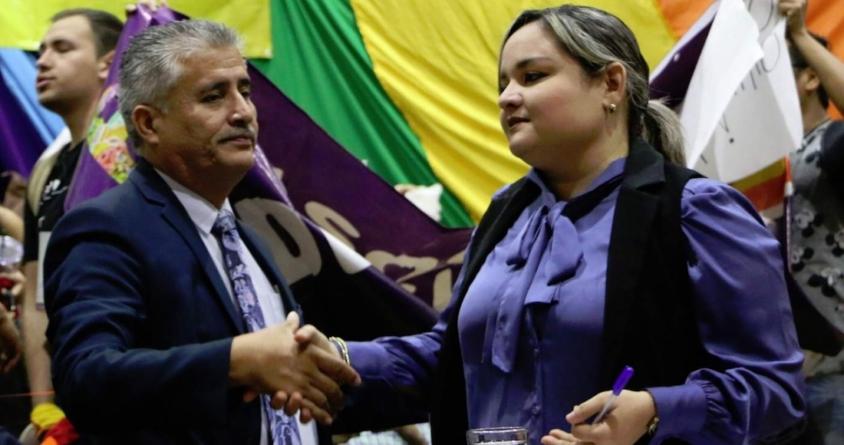 Efecto ESPEJO   Partidos en crisis: Morena se achica; el PRI tiembla