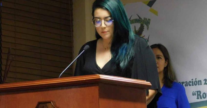 """""""Mientras alumnos no se sumen no habrá un cambio real en la UAS"""", dice Stephany Medina, alumna que denunció irregularidades"""