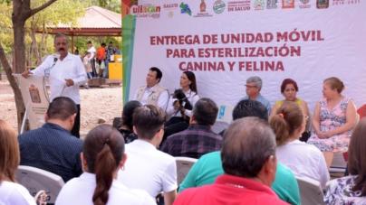 Entrega Ayuntamiento unidad móvil de esterilización canina y felina en Culiacán