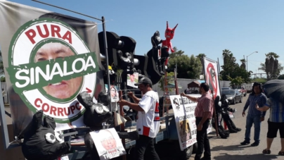 'Pura Corrupción' | Con piñatas de ratas protestan ante votación de cuentas públicas de Quirino