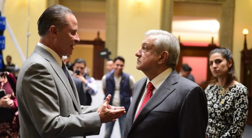 Efecto ESPEJO   Quirino Ordaz y AMLO: buena relación pero el dinero no llega
