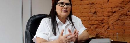 """""""Hay mucho integrante del viejo régimen camuflado en el gobierno de AMLO""""   Entrevista a Imelda Castro Castro"""