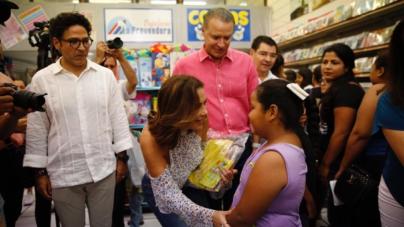 Anuncia Rosy Fuentes programa de vales de descuento para calzado escolar