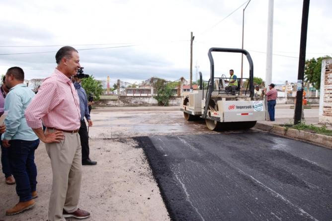 "Efecto ESPEJO | ¿Va Quirino Ordaz contra los ""moches"" en obra pública?"