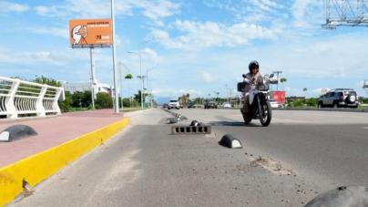 ¿Y la cultura vial? | Automovilistas destruyen ciclovía del Rolando Arjona