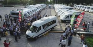 Quirino entrega 50 camiones urbanos; suman ya 250 nuevas unidades